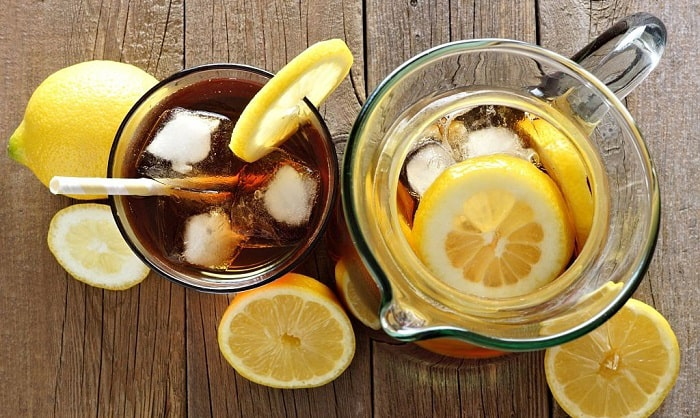 iced-tea-pitchers-with-lids