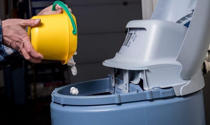 water-softener-salt-pellets
