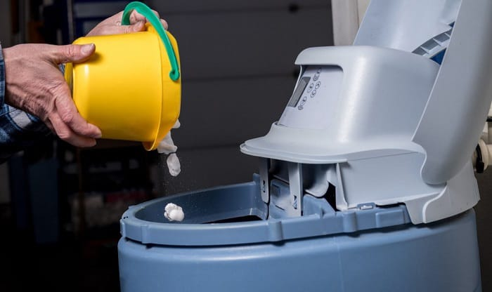 water-softener-salt-pellets