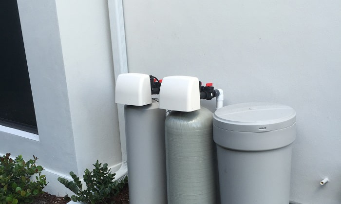 outdoor-water-softener-system