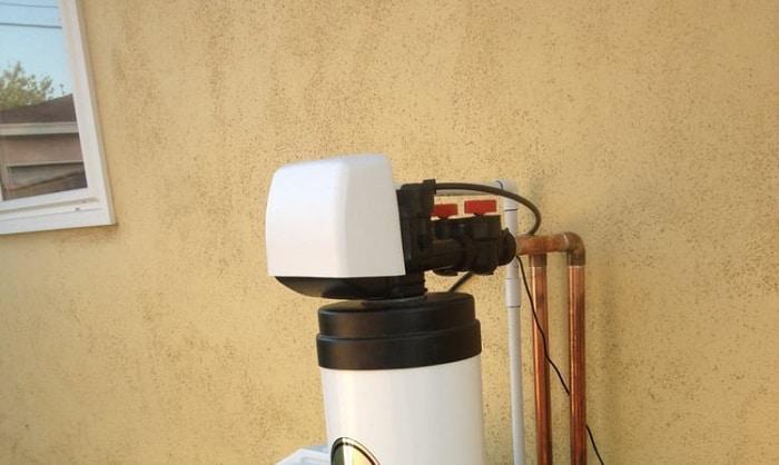 best-outdoor-water-softener