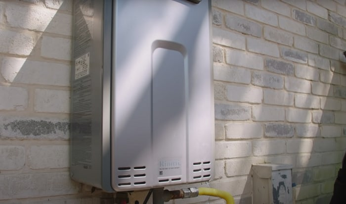 Can-you-use-an-indoor-tankless-water-heater-outside