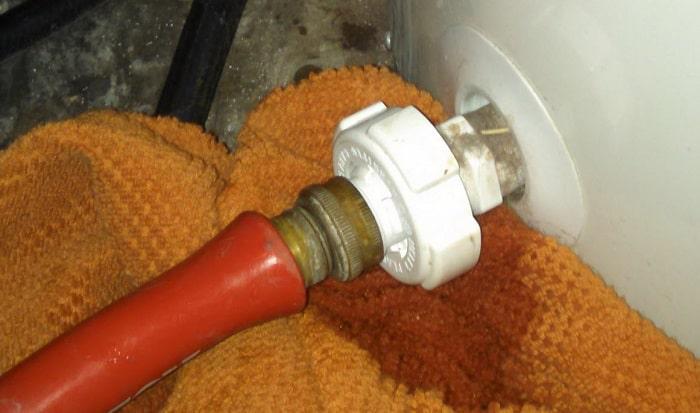 How-do-I-drain-my-water-heater