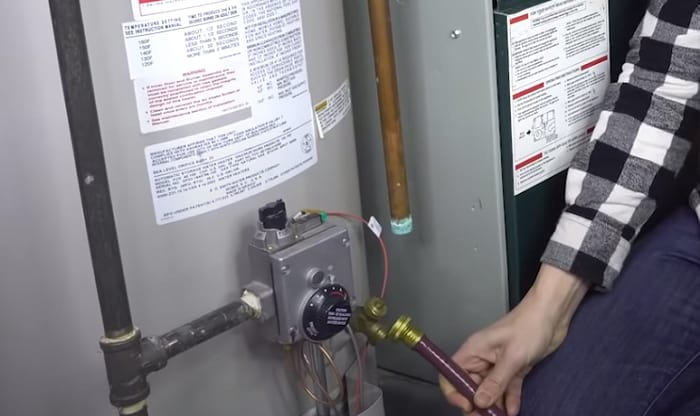 How-do-you-drain-a-water-heater-with-a-broken-valve