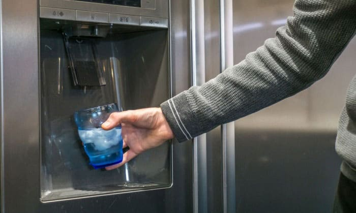 dangers of not changing refrigerator water filter